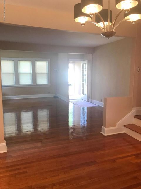Additional photo for property listing at 394 Bard Avenue  Staten Island, New York 10310 United States