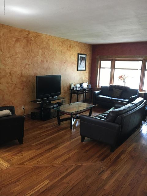 Additional photo for property listing at 178 Sommer Ave  Staten Island, New York 10314 United States