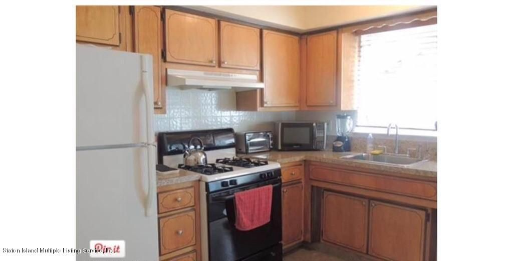 Additional photo for property listing at 72 Bridgetown Street  Staten Island, New York 10314 United States