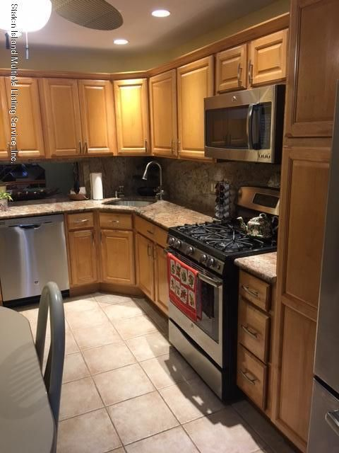 Single Family - Attached 51 Mimosa Lane  Staten Island, NY 10312, MLS-1112918-6