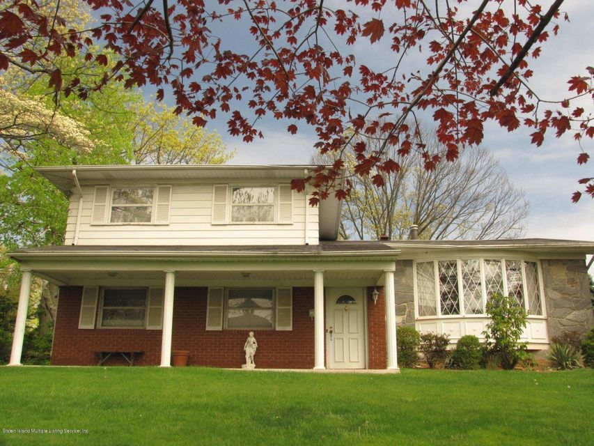 Single Family - Detached in Todt Hill - 361 Ocean Terrace  Staten Island, NY 10301
