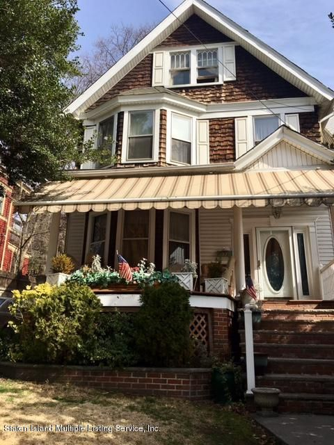 Single Family - Detached in Ward Hill - 173 Cebra Avenue  Staten Island, NY 10304