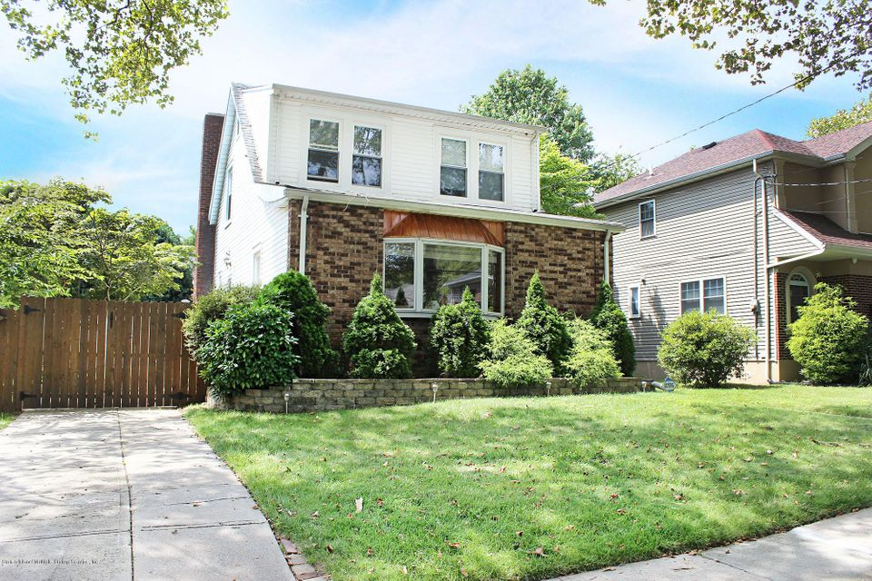 Single Family Home for Sale at 336 Rose Avenue Staten Island, New York 10306 United States