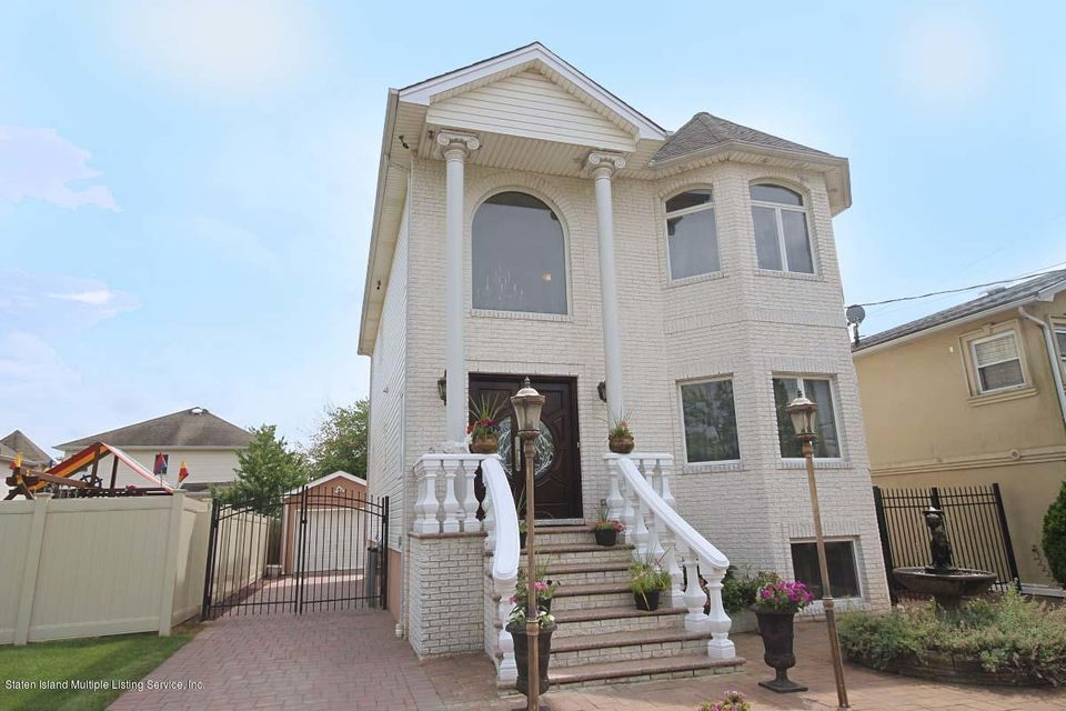 Two Family - Detached in Princes Bay - 568 Ramona Avenue  Staten Island, NY 10309