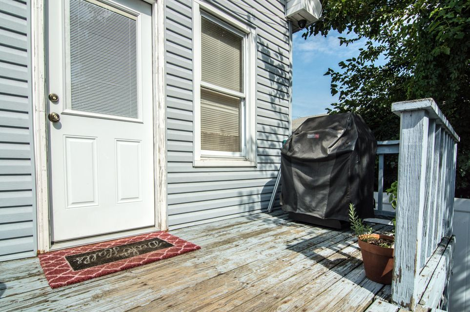 Additional photo for property listing at 161 Maple Parkway  Staten Island, New York 10303 United States