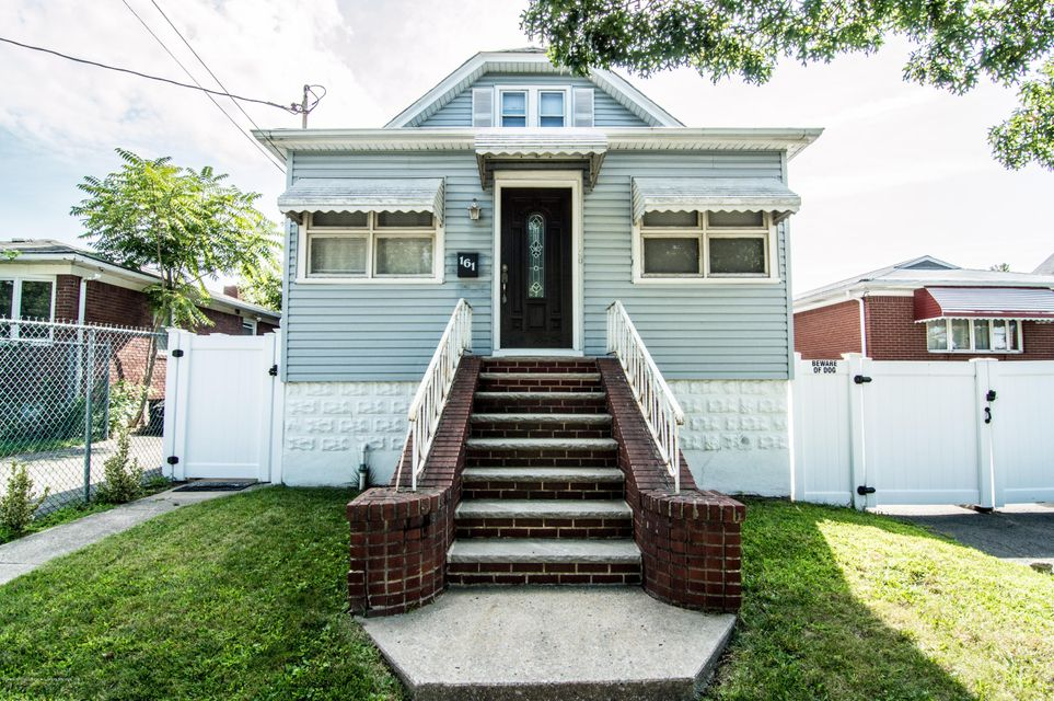 Single Family Home for Sale at 161 Maple Parkway Staten Island, New York 10303 United States