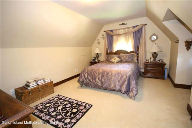 Single Family - Detached 88 Radcliff Road  Staten Island, NY 10305, MLS-1112998-9