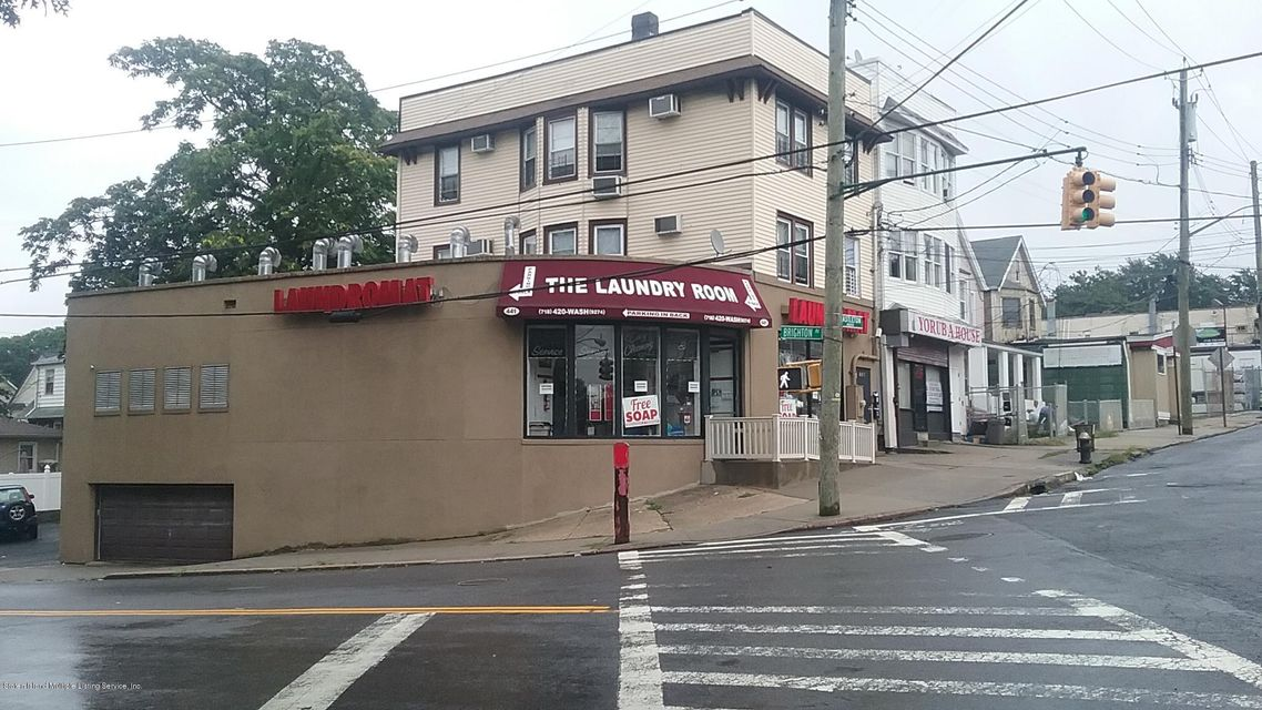 Commercial for Rent at 441 Castleton Avenue Staten Island, 10301 United States