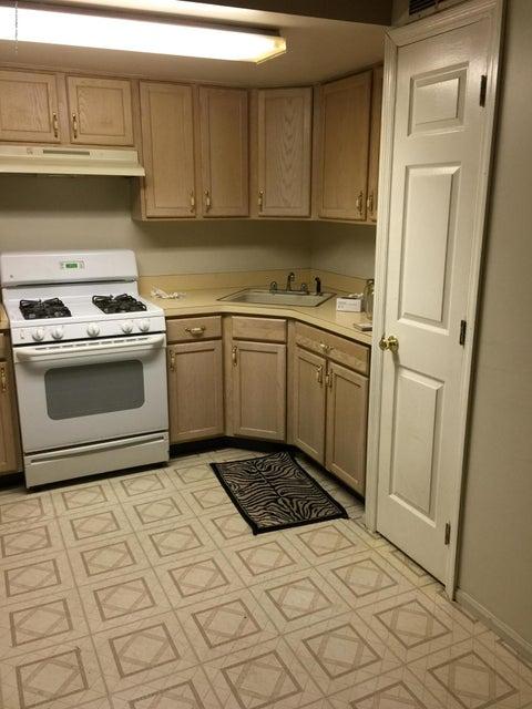 Additional photo for property listing at 49 White Oak Lane  Staten Island, New York 10309 United States