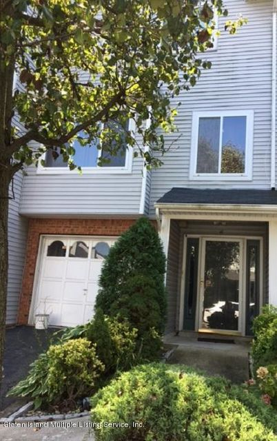 Single Family - Attached in Princes Bay - 16 Admiralty Loop  Staten Island, NY 10309
