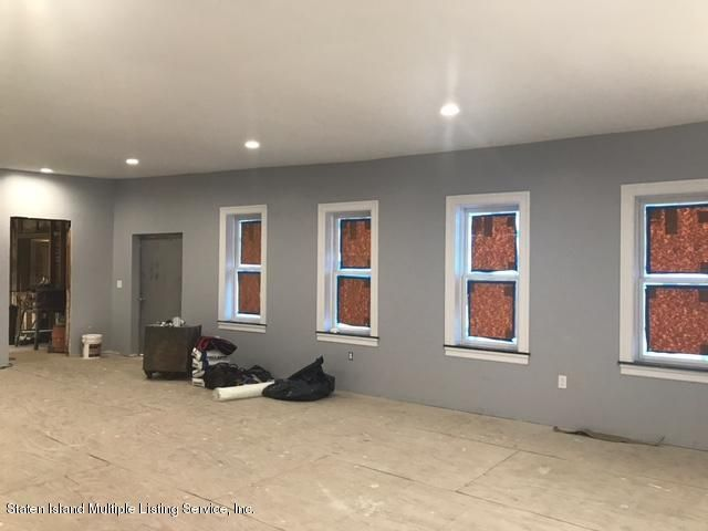 Additional photo for property listing at 512 Tompkins Avenue  Staten Island, New York 10305 United States