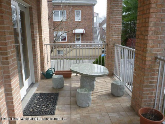 Single Family - Detached 12 Vista Place  Staten Island, NY 10305, MLS-1113141-13