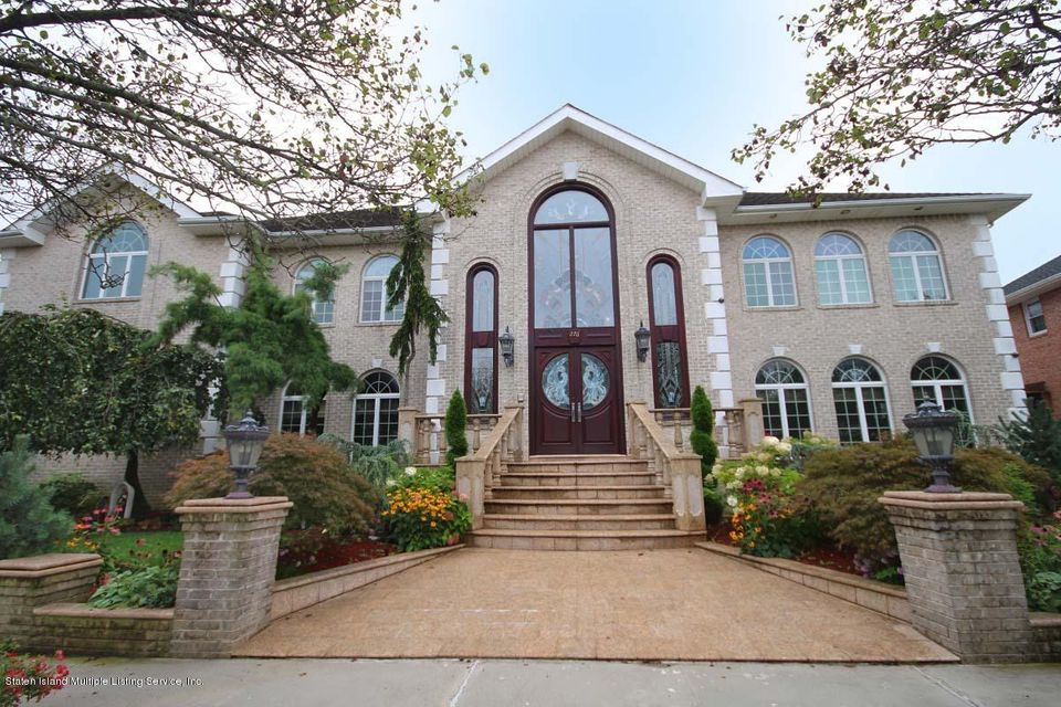 Two Family - Detached in Tottenville - 276 Shore Road  Staten Island, NY 10307