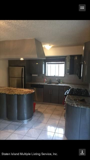 Additional photo for property listing at 25 Goller Place  Staten Island, New York 10314 United States