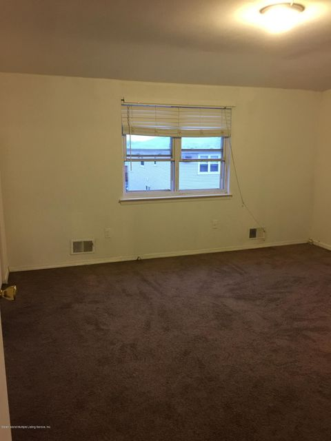 Additional photo for property listing at 60 Mcveigh Avenue  Staten Island, New York 10314 United States