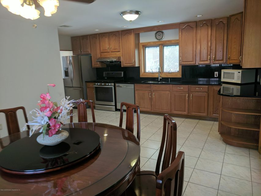 Single Family - Detached 12 Vista Place  Staten Island, NY 10305, MLS-1113141-5