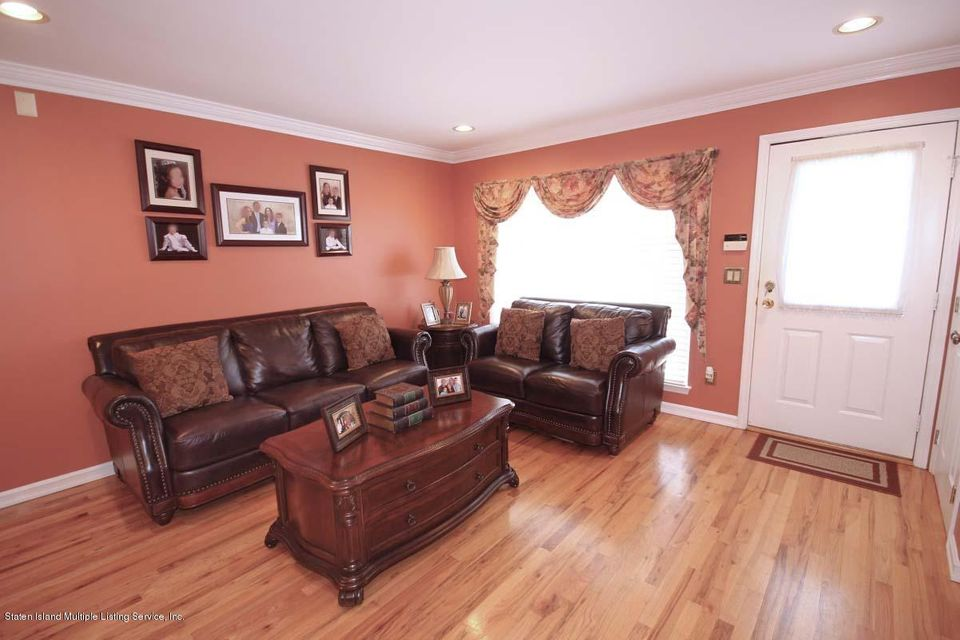 Single Family - Semi-Attached 1016 Sheldon Avenue  Staten Island, NY 10309, MLS-1113180-3
