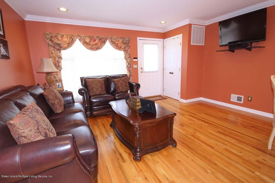Single Family - Semi-Attached 1016 Sheldon Avenue  Staten Island, NY 10309, MLS-1113180-4