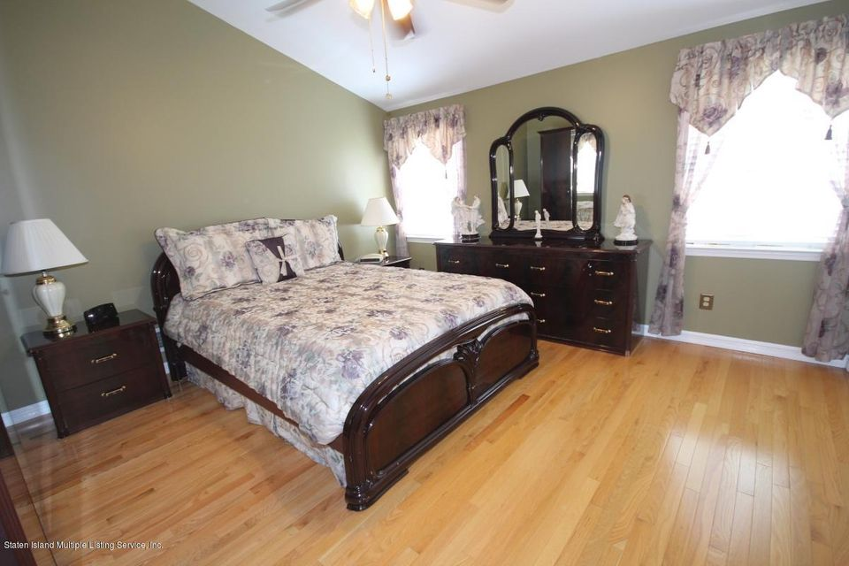 Single Family - Semi-Attached 1016 Sheldon Avenue  Staten Island, NY 10309, MLS-1113180-18