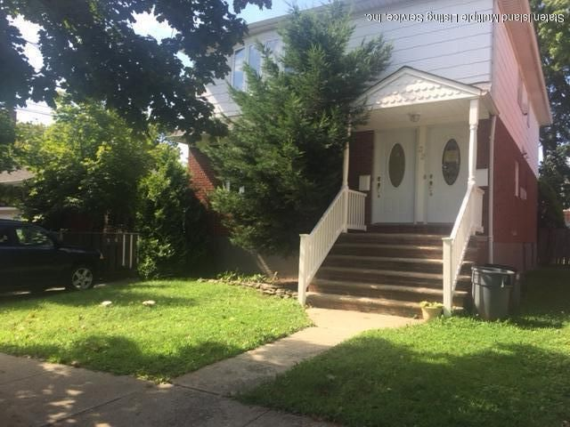 Single Family Home for Rent at 32 Cranford Street Staten Island, New York 10306 United States