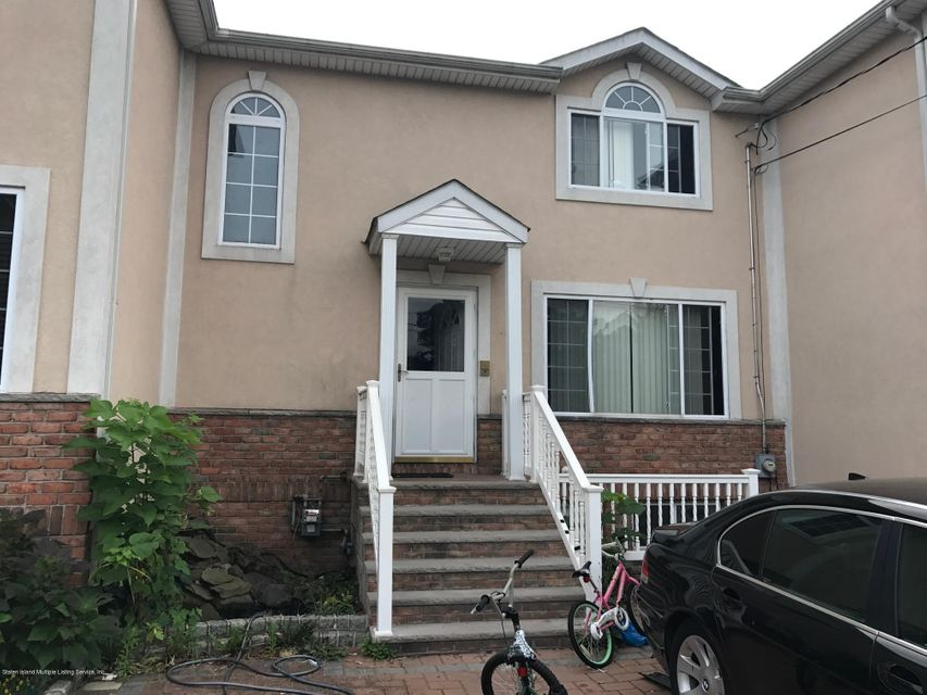 Single Family Home for Sale at 168 Melvin Avenue Staten Island, New York 10314 United States