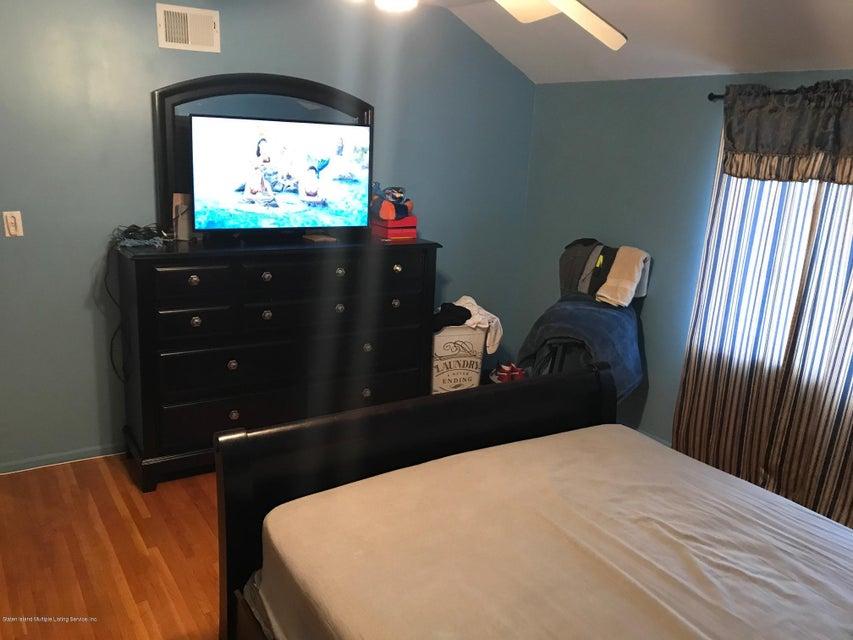 Single Family - Attached 168 Melvin Avenue  Staten Island, NY 10314, MLS-1112401-26