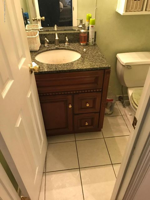 Single Family - Attached 168 Melvin Avenue  Staten Island, NY 10314, MLS-1112401-24