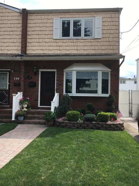 Single Family Home for Sale at 178 Sommer Ave Staten Island, New York 10314 United States