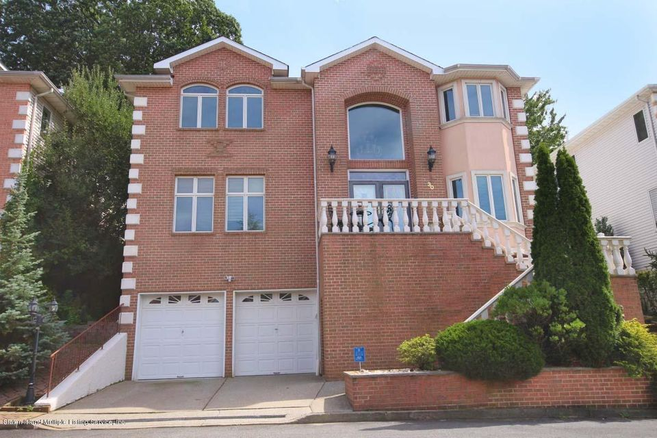 Single Family - Detached in Emerson Hill - 30 Michael Loop  Staten Island, NY 10301