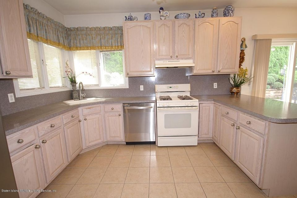 Single Family - Detached 30 Michael Loop  Staten Island, NY 10301, MLS-1113226-7