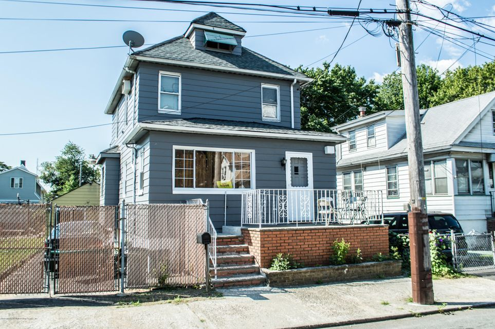 Single Family - Detached in Mariners Harbor - 18 Fancher Place  Staten Island, NY 10303