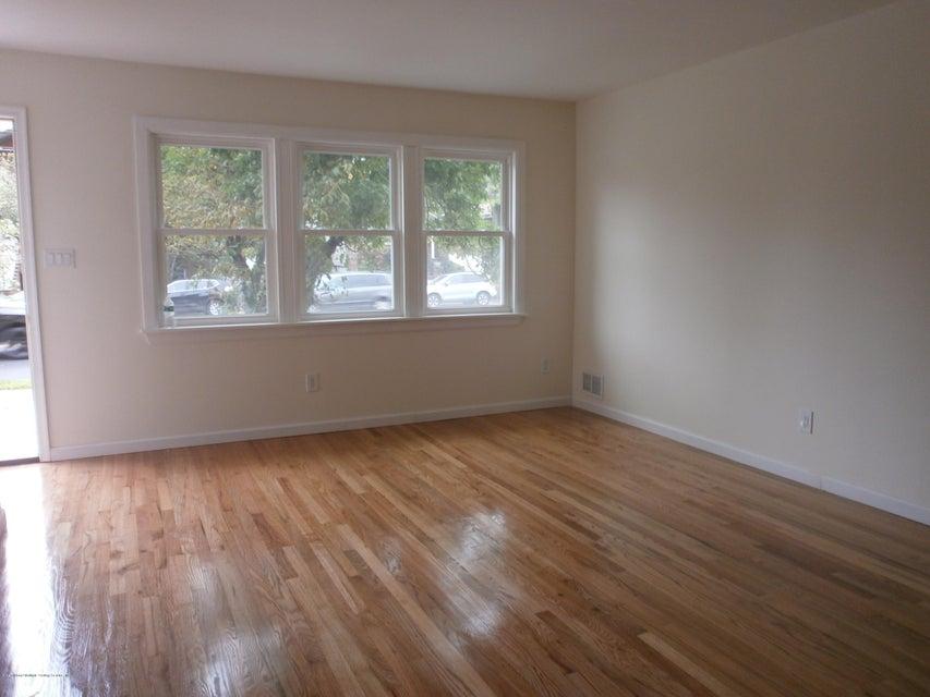 Single Family - Semi-Attached 3756 Richmond Avenue  Staten Island, NY 10312, MLS-1113305-8