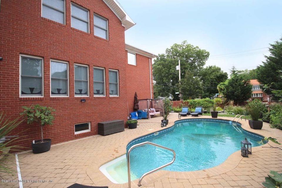 Two Family - Detached 14 Sarcona Court  Staten Island, NY 10309, MLS-1113335-31