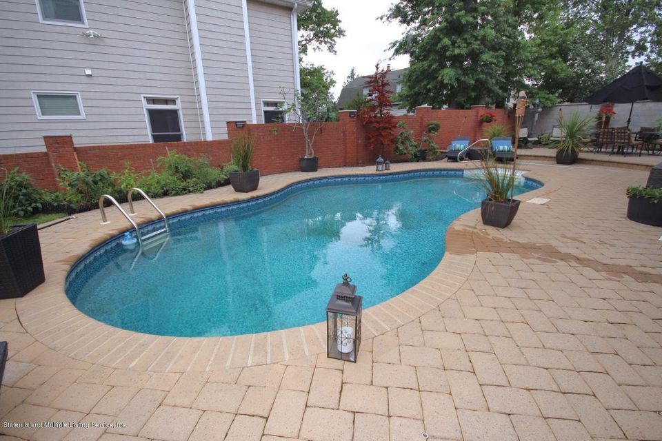 Two Family - Detached 14 Sarcona Court  Staten Island, NY 10309, MLS-1113335-32