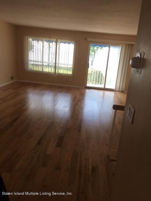 Additional photo for property listing at 635 Johnston Terrace  Staten Island, New York 10309 United States