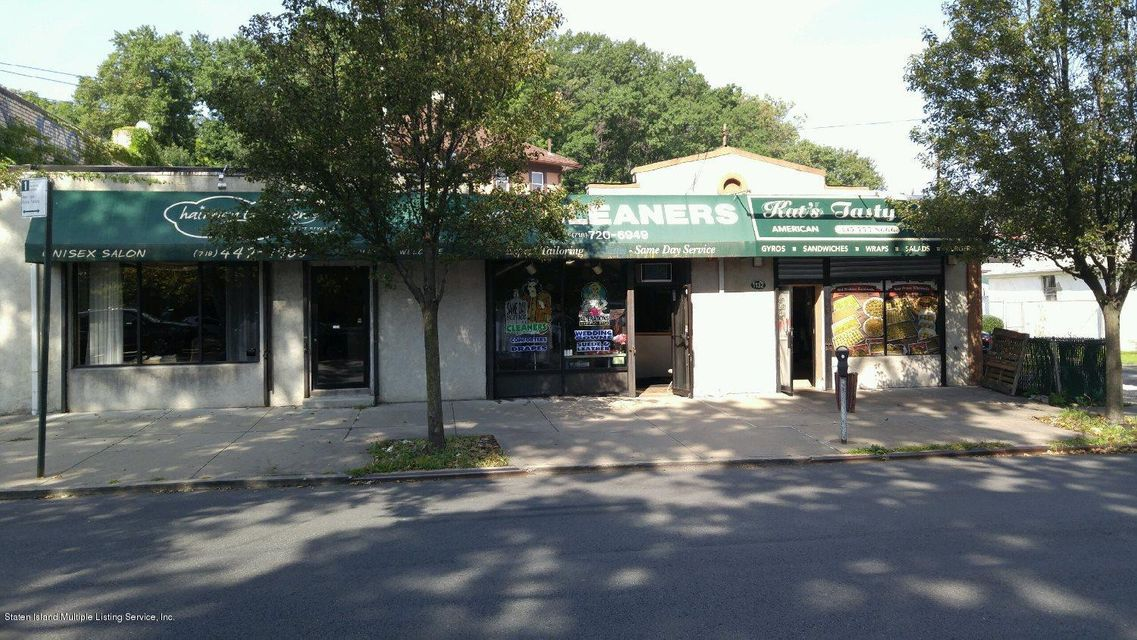 Multi-Family Home for Sale at 1090 Richmond Road Staten Island, New York 10304 United States