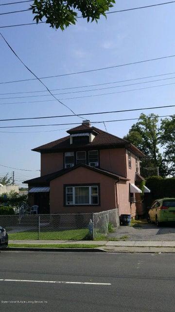 1090 Richmond Road,Staten Island,New York 10304,5f,Richmond,1086957