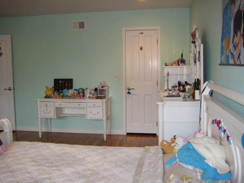 Single Family - Detached 15 Castor Place  Staten Island, NY 10312, MLS-1113362-37