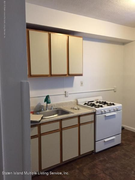 Additional photo for property listing at 182 Corson Avenue  Staten Island, New York 10301 United States
