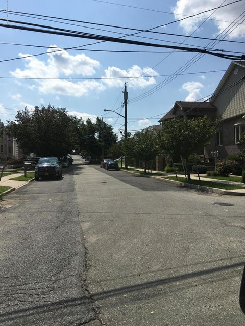 Additional photo for property listing at 17 Lenhart Street  Staten Island, New York 10307 United States