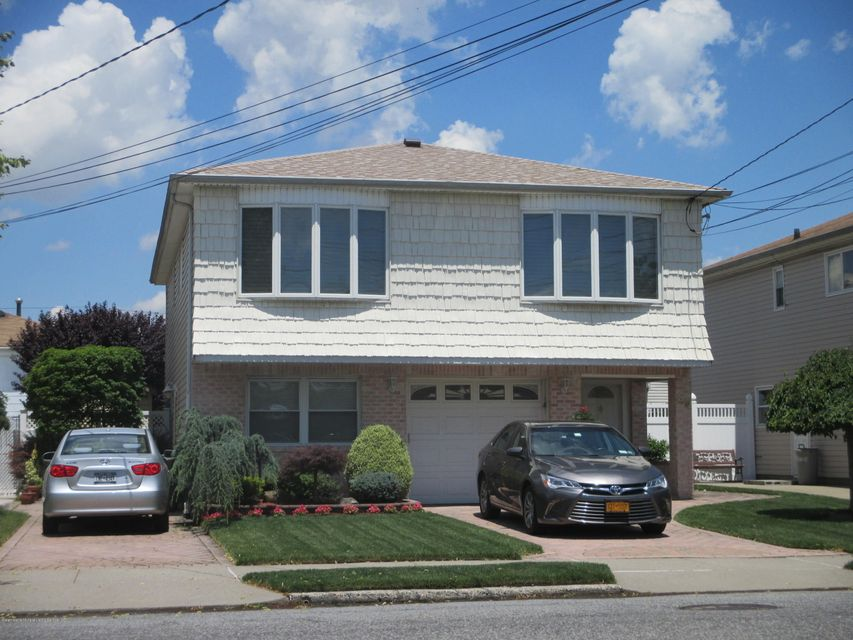 Two Family - Detached 49 Signs Road  Staten Island, NY 10314, MLS-1113398-2