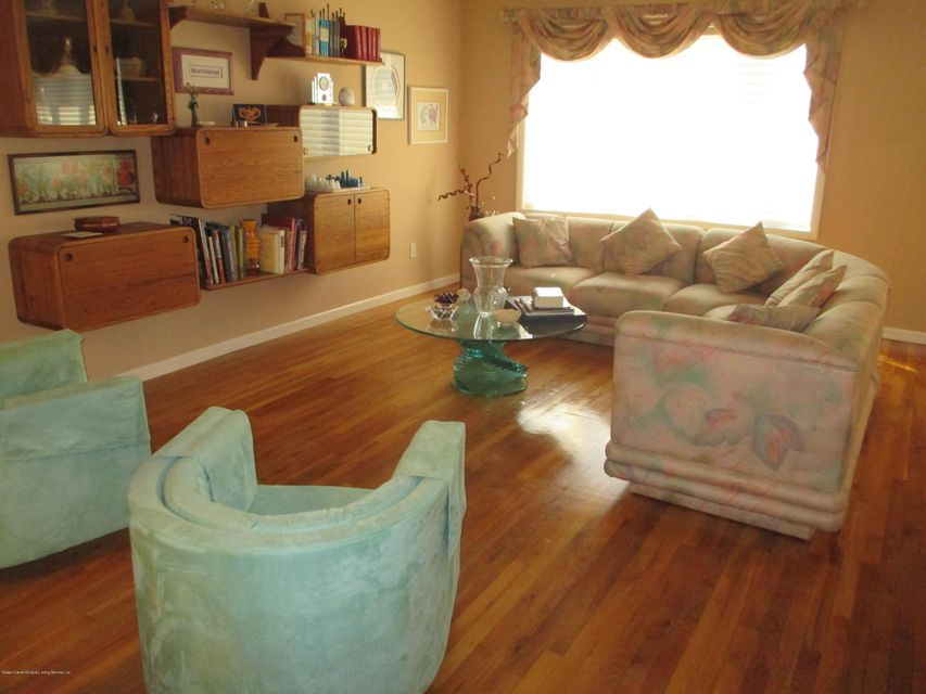 Two Family - Detached 49 Signs Road  Staten Island, NY 10314, MLS-1113398-10