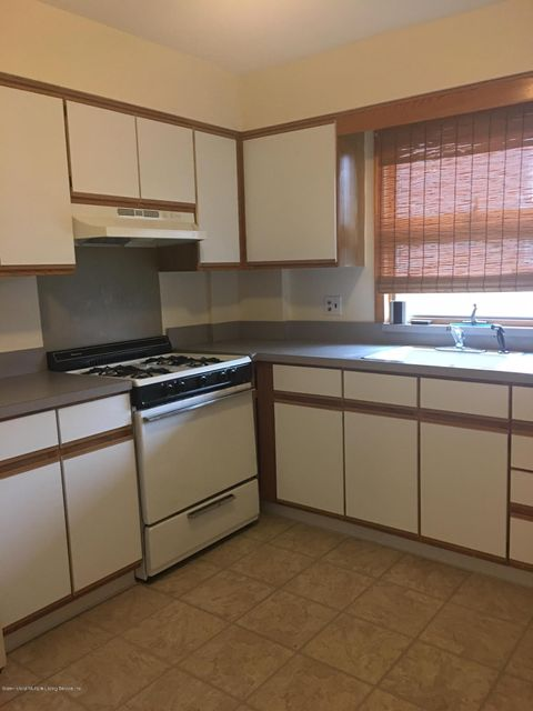 Additional photo for property listing at 3142 Morley Avenue  Staten Island, New York 10306 United States