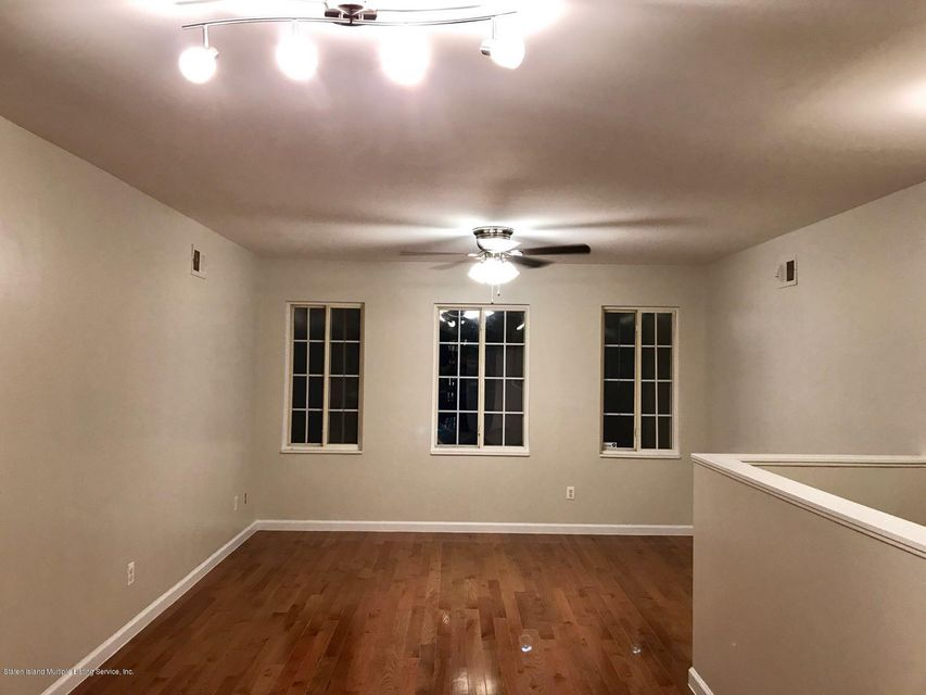 Additional photo for property listing at 124 Seneca Street  Staten Island, New York 10310 United States