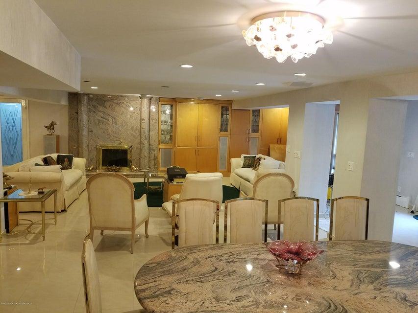 Single Family - Detached 283 Ocean Terrace   Staten Island, NY 10301, MLS-1115345-43