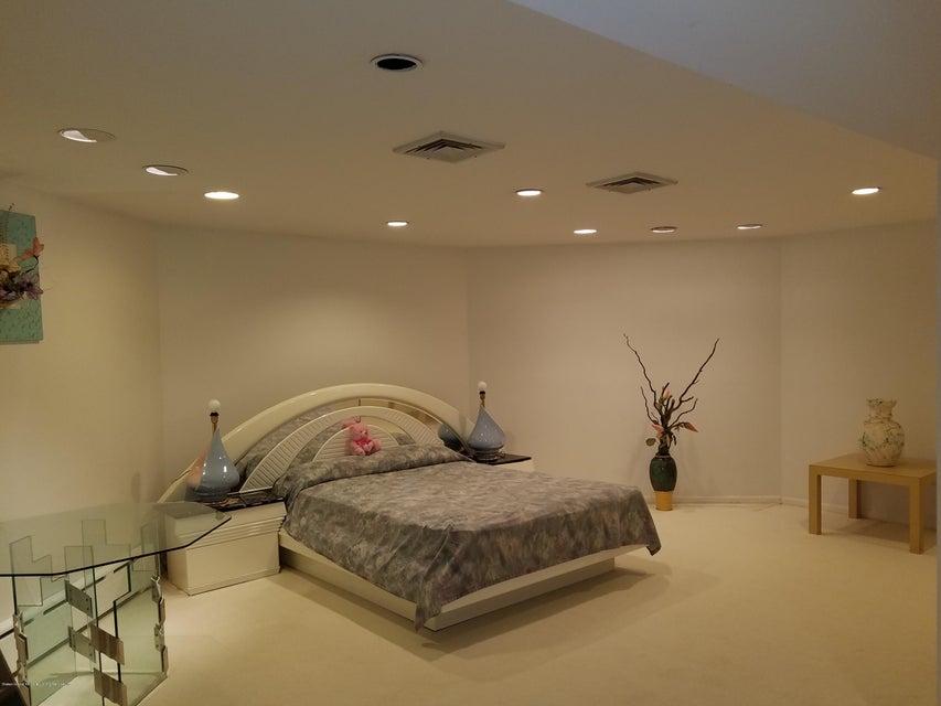 Single Family - Detached 283 Ocean Terrace   Staten Island, NY 10301, MLS-1115345-59