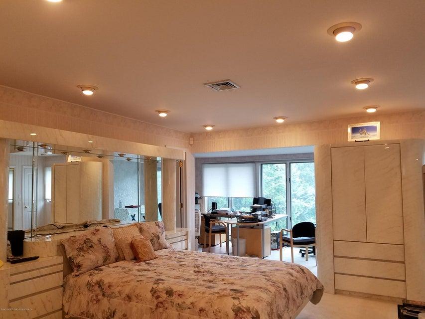 Single Family - Detached 283 Ocean Terrace   Staten Island, NY 10301, MLS-1115345-36