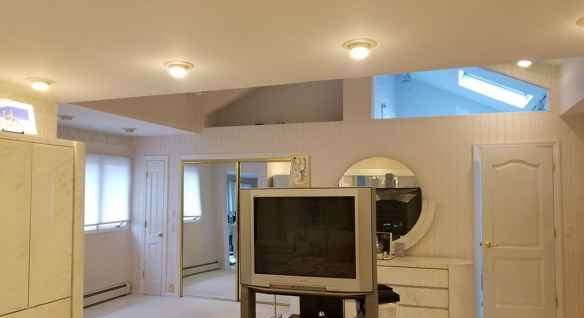 Single Family - Detached 283 Ocean Terrace   Staten Island, NY 10301, MLS-1115345-37