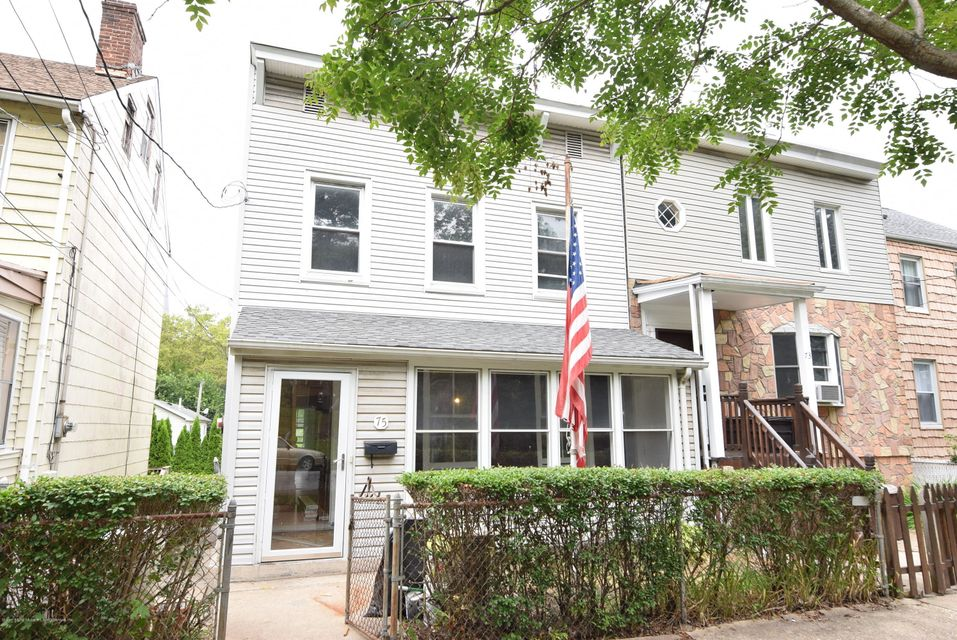 Single Family Home for Rent at 75 Cliff Street Staten Island, New York 10305 United States
