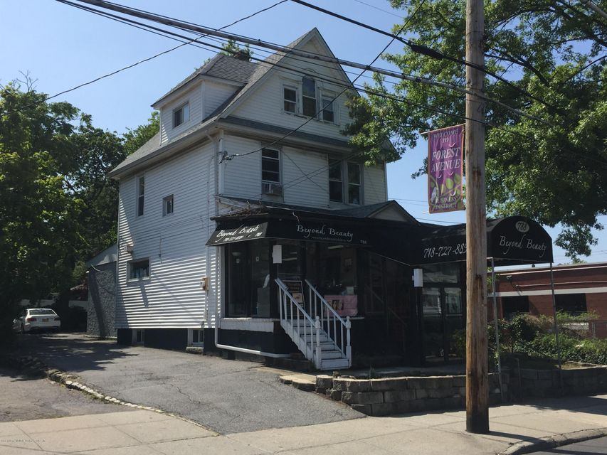 Commercial for Rent at 788 Forest Avenue Staten Island, New York 10310 United States